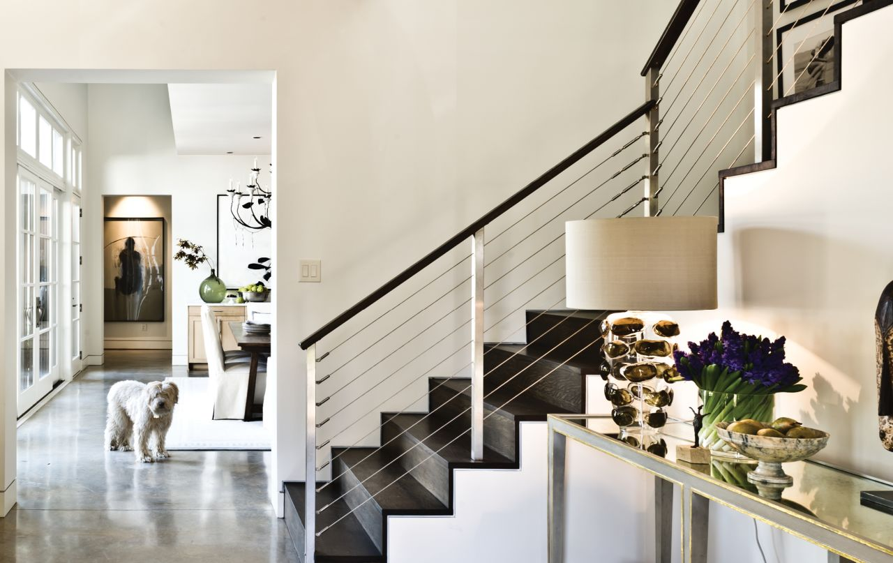 V Fine Homes Modlin 6 Stair Dog